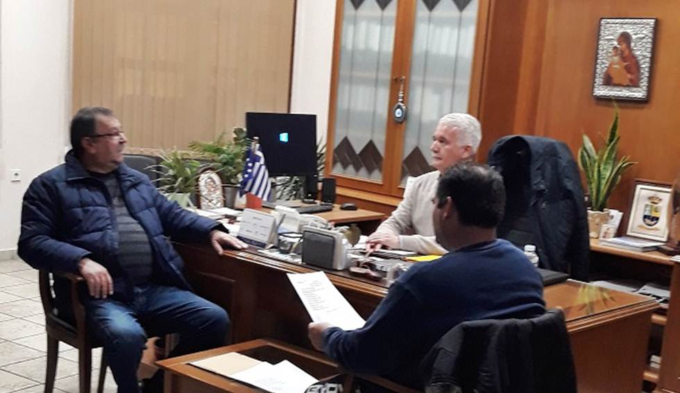 Συνάντηση του Δημάρχου Μετεώρων Θοδωρή Αλέκου με το Δ.Σ. του Αθλητικού Σωματείου Βράχου Καστρακίου