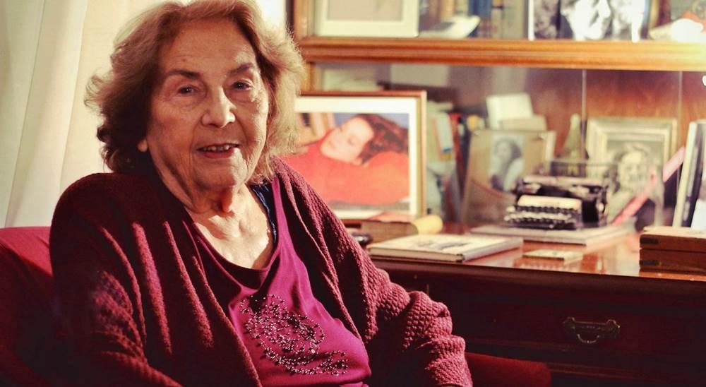 Η Βιβλιοθήκη Καλαμπάκας αποχαιρετά τη συγγραφέα Άλκη Ζέη