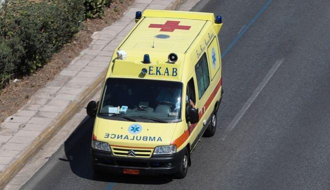Τέσσερις νεκροί σε τροχαίο δυστύχημα