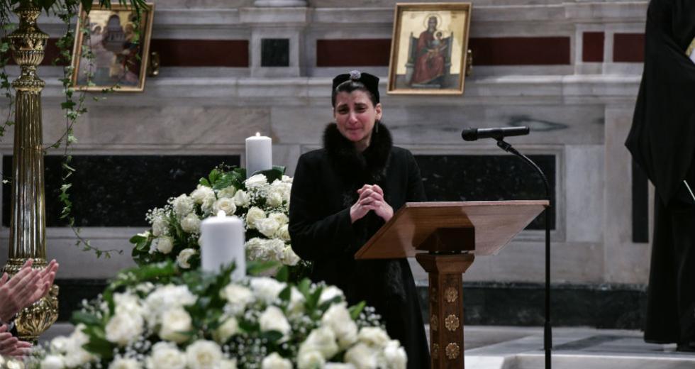 Βαθιά συγκίνηση στην κηδεία του Κώστα Βουτσά
