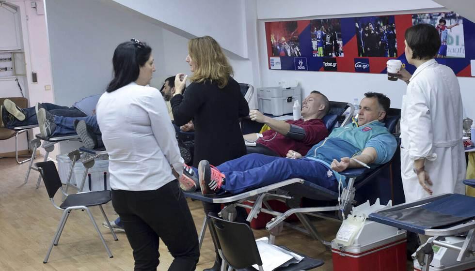 Μεγάλη ανάγκη για αίμα - Δραματική έκκληση του Καθηγητή κ. Τσιόδρα