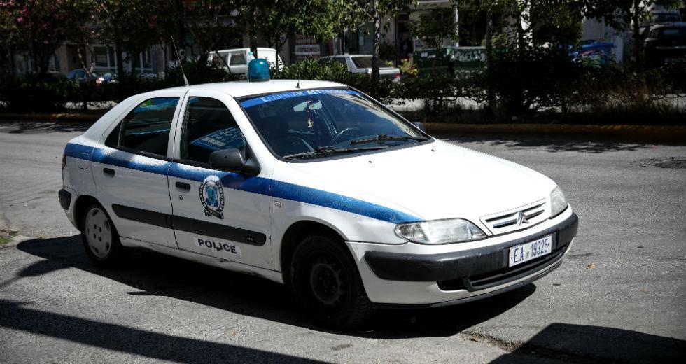 Αστυνομικός σκότωσε την πρώην γυναίκα του και μια φίλη της