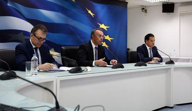 Ποιοι παίρνουν το επίδομα των 800 ευρώ και πότε θα καταβληθεί το δώρο Πάσχα
