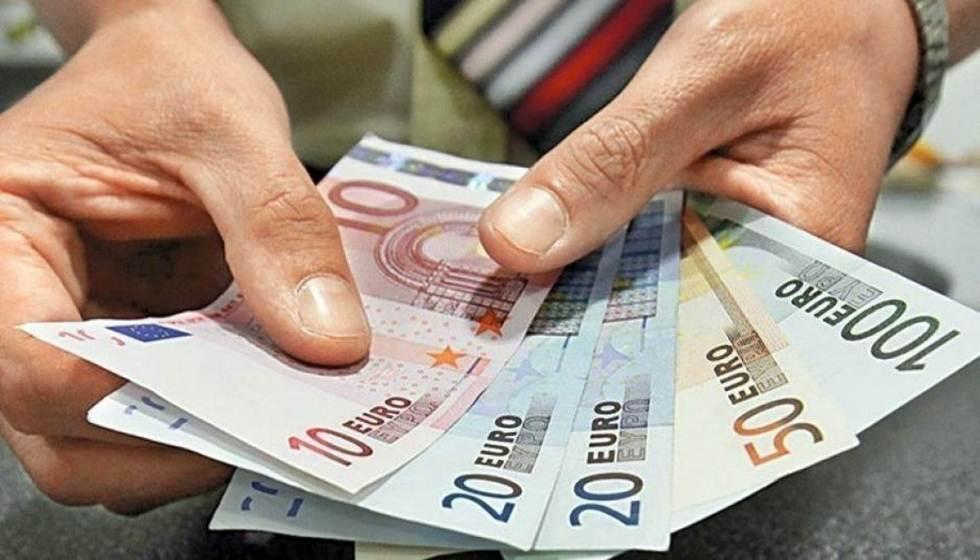 Από την 1η Απριλίου ξεκινούν οι αιτήσεις -  Σταδιακά η πληρωμή των 800 ευρώ στους εργαζομένους -