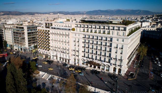 Κορονοϊός: Κλείνουν τα ξενοδοχεία στην Ελλάδα μέχρι τέλος Απριλίου