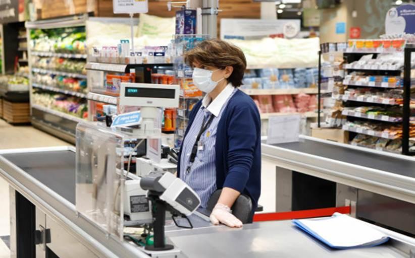 Πέτσας: Δεν θα είναι υποχρεωτικές οι μάσκες για τους πελάτες των σούπερ μάρκετ