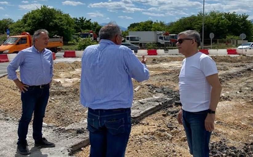 Ολοκληρώνεται από την Περιφέρεια Θεσσαλίας ο 7ος κυκλικός κόμβος στα Τρίκαλα