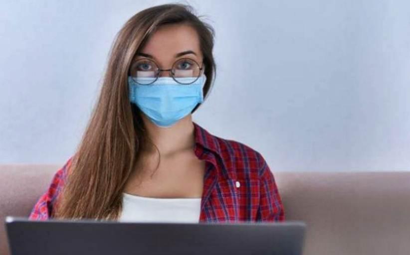Τσιόδρας:  Επικίνδυνη η υφασμάτινη μάσκα, αν δεν χρησιμοποιείται σωστά