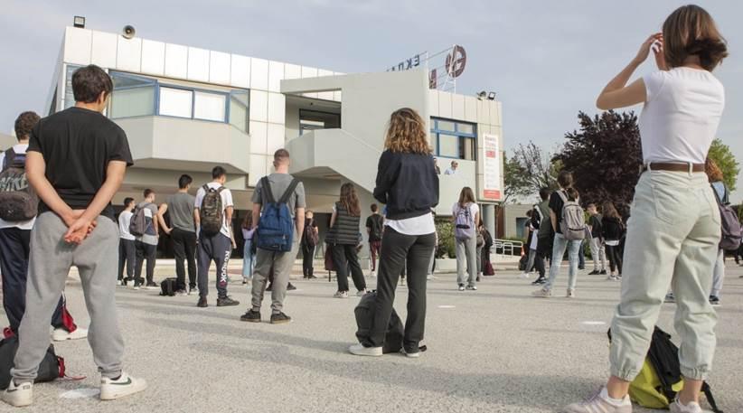 Δεύτερο restart στα σχολεία με μεγάλη συμμετοχή μαθητών