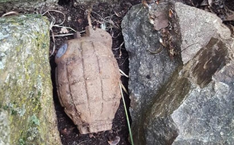 Εντοπίστηκε χειροβομβίδα στη Βλαχάβα - Κλήθηκε πυροτεχνουργός του στρατού για την εξουδετέρωση της...