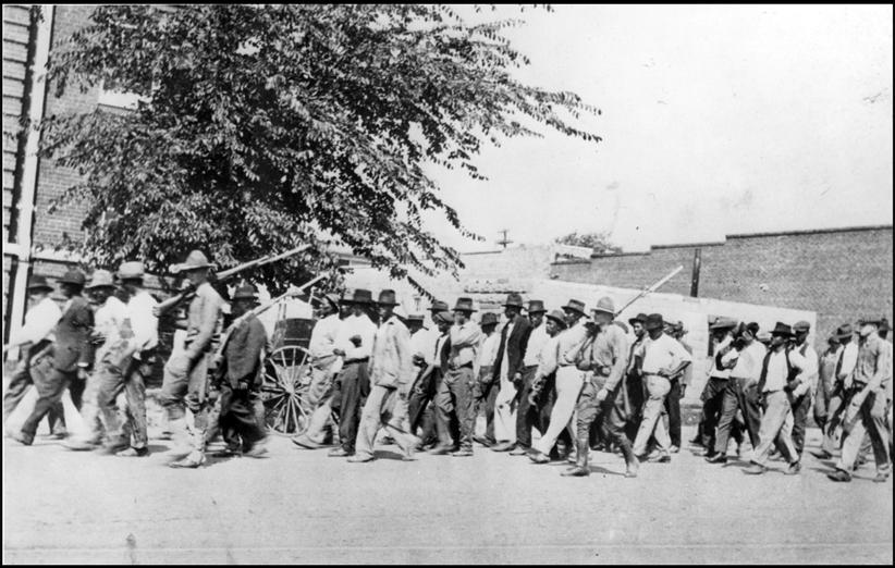 «Διώχνοντας τους Νέγρουςαπό την Τάλσα - γιατί ο ρατσισμός έχει ονοματεπώνυμο».