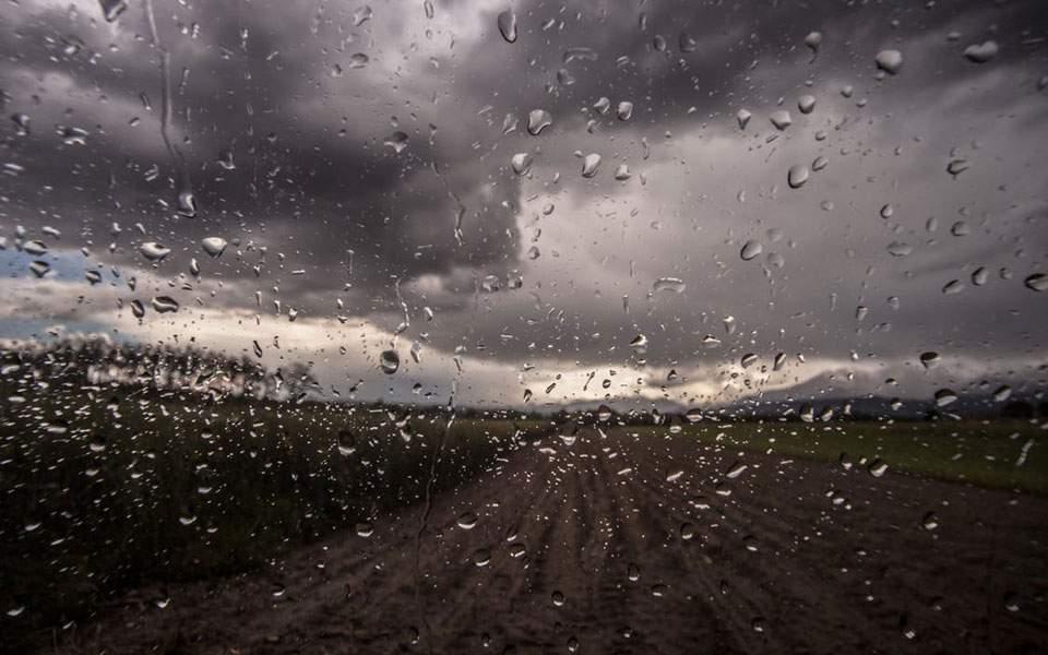 Ανατροπή στο σκηνικό του καιρού - Ισχυρές βροχοπτώσεις και αφρικανική σκόνη