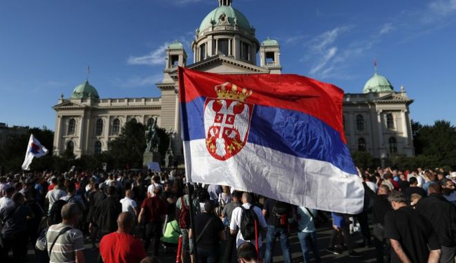 Υγειονομική βόμβα που έσκασε στη Σερβία - Έκρυβε τους αληθινούς αριθμούς η κυβέρνηση;