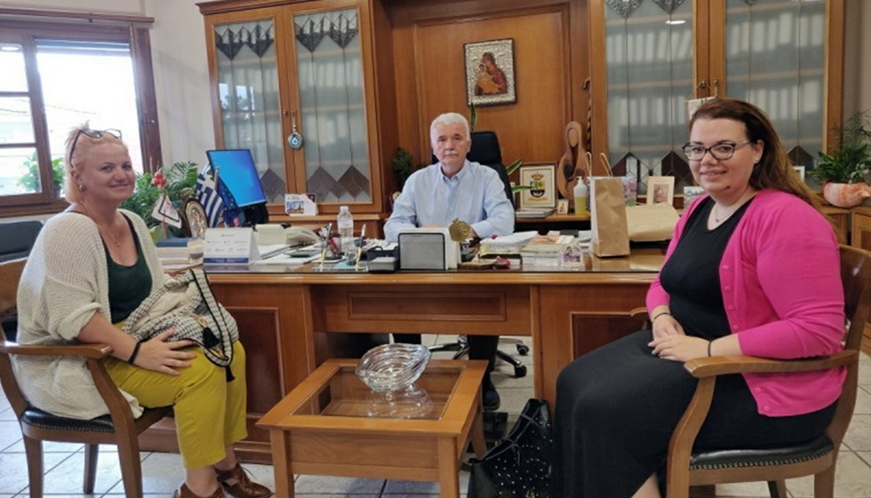 """Μ.Ε.Σ. Καστανιάς: Επίσκεψη του Μορφωτικού και Ευεργετικού Συλλόγου Καστανιάς """"Ο Στίνος"""" στο Δήμαρχο Μετεώρων"""