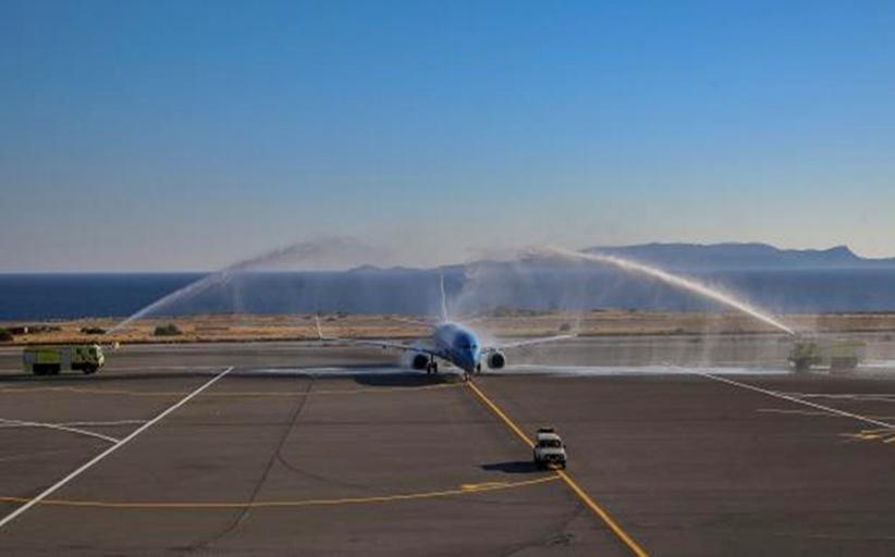 Τουρισμός: Με αψίδες νερού οι πρώτες πτήσεις αλλά έκδηλη  ανησυχία