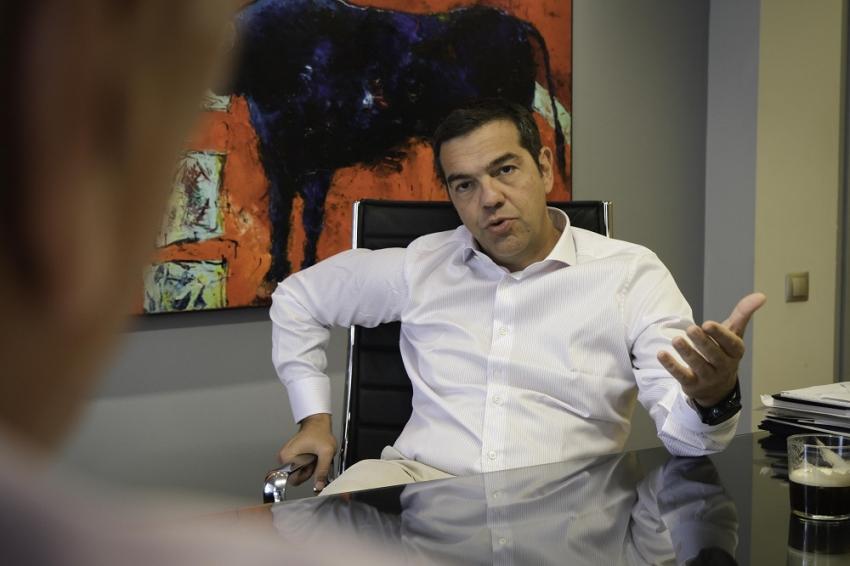 Αλέξης Τσίπρας στο iEidiseis: Κραυγαλέα η αδυναμία της κυβέρνησης να βάλει ένα φρένο στην καταστροφή!