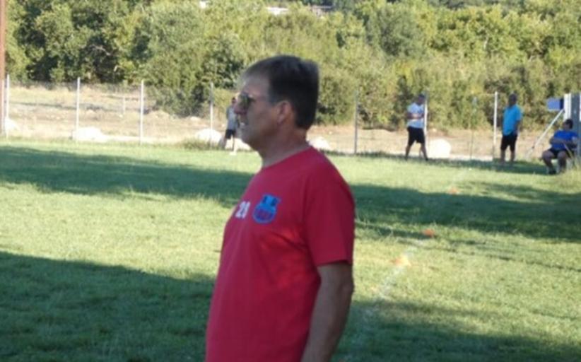Ο Βράχος Καστρακίου, αποχαιρετά τον προπονητή της καρδιάς του, Βασίλη Γκούμπλια