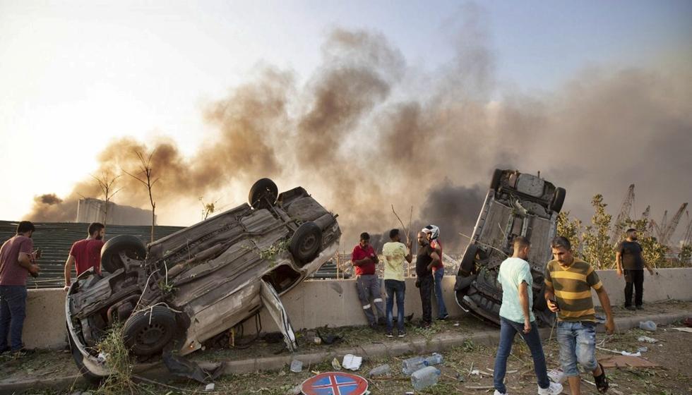 Λίβανος: Ισχυρές εκρήξεις στο λιμάνι της Βηρυτού