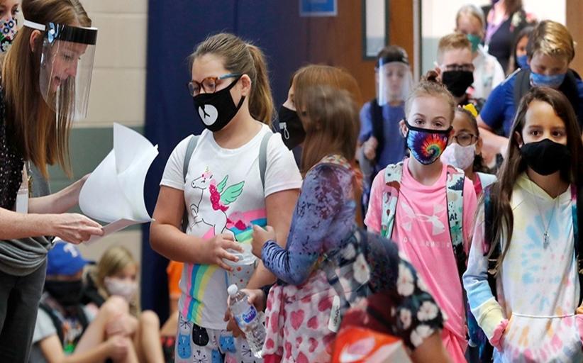 Σχολεία: Κυρώσεις για μαθητές και εκπαιδευτικούς αν αρνηθούν να φορέσουν μάσκα λόγω κορονοϊού