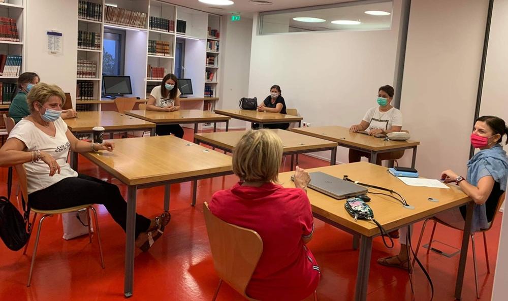 Συνάντηση της Λέσχης Ανάγνωσης Ενηλίκων στη Βιβλιοθήκη Καλαμπάκας
