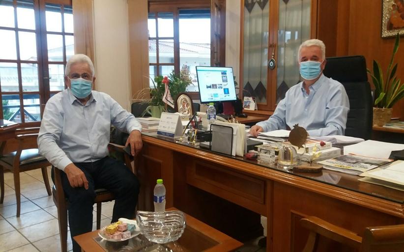 Τον Δήμαρχο Μετεώρων επισκέφθηκε ο Συντονιστής της Αποκεντρωμένης Διοίκησης Θεσσαλίας – Στερεάς Ελλάδας κ. Νικόλαος Ντίτορας