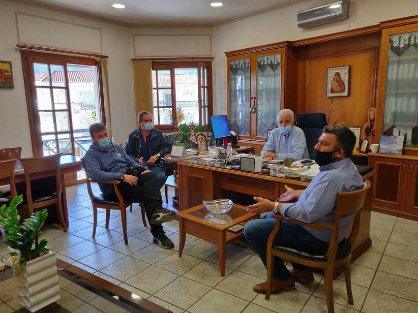 Τον Δήμαρχο Μετεώρων επισκέφθηκε ο Πρόεδρος της ΠΟΕ - ΟΤΑ κ. Νίκος Τράκας