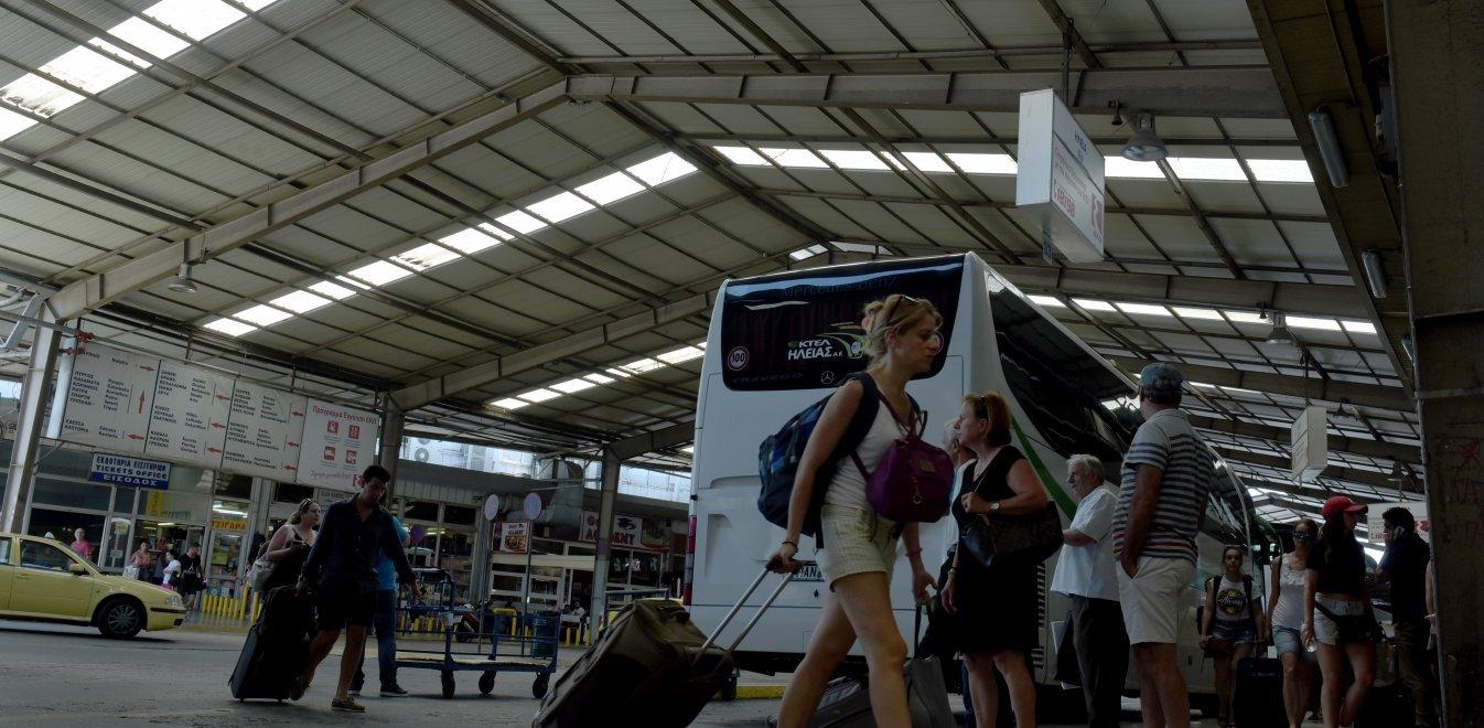 ΚΤΕΛ: Τι απαντά το υπουργείο Μεταφορών για τις δωρεάν μετακινήσεις των παιδιών