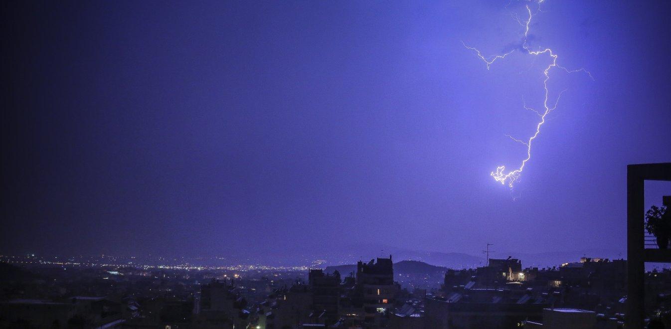Καιρός: Έκτακτο δελτίο επιδείνωσης από την ΕΜΥ - Ισχυρές βροχές και χαλάζι