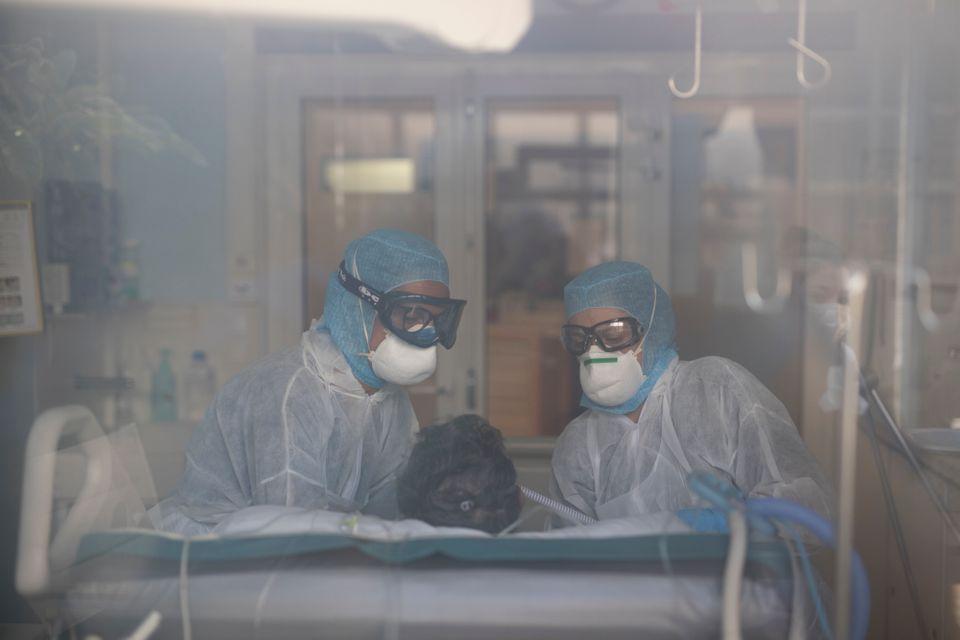 «Άλλη μια γρίπη»; - Τι δείχνει η σωστή σύγκριση στατιστικών για θανάτους από κορονοϊό και εποχική γρίπη