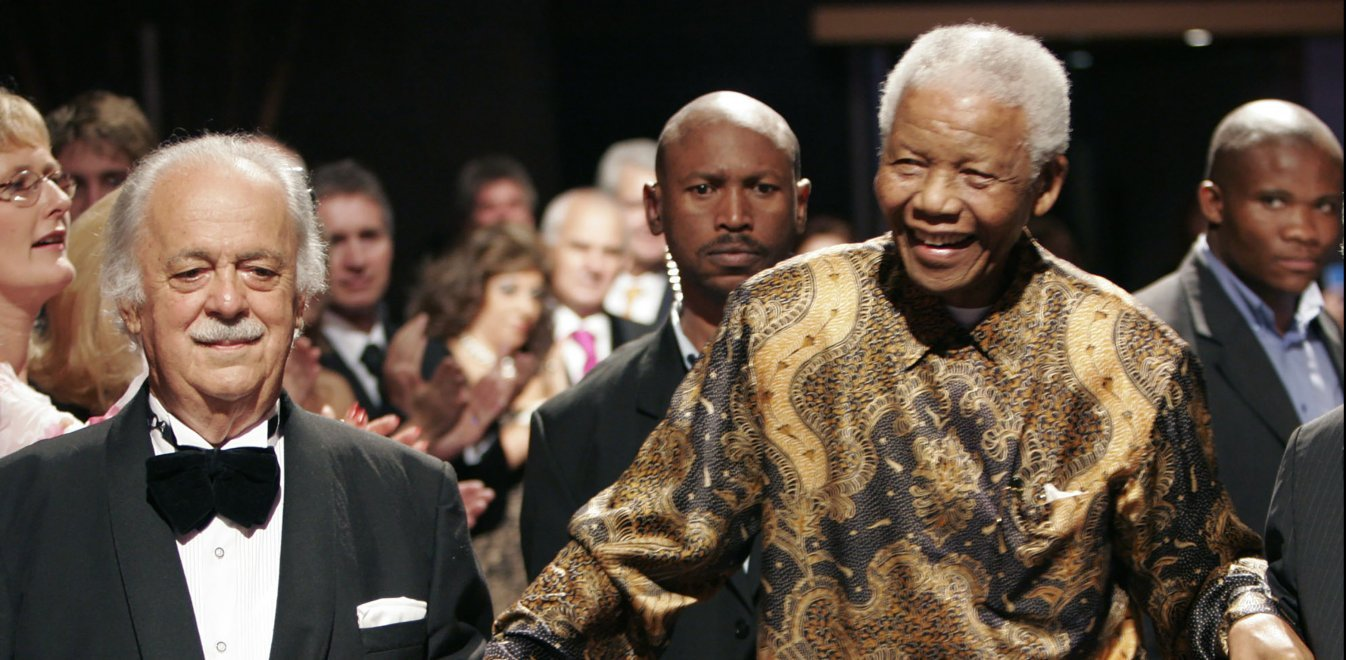 Τζορτζ Μπίζος: Έφυγε από τη ζωή ο Έλληνας δικηγόρος του Νέλσον Μαντέλα