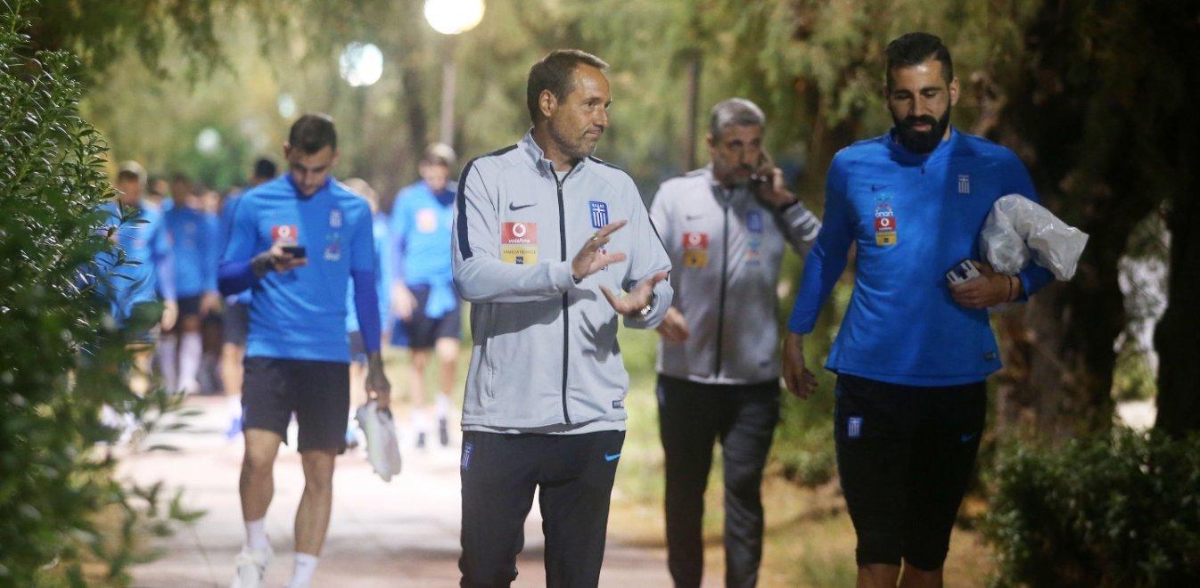 Φαν'τ Σχιπ στο Total Football: «Τέλος από την Εθνική ομάδα ο Σιόβας!»