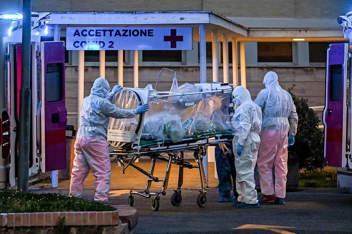 Ιταλός υπουργός Υγείας για κορωνοϊό: Πρέπει να αντέξουμε άλλους έξι μήνες