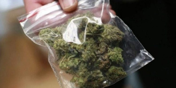 Συλλήψεις για ναρκωτικά στα Τρίκαλα