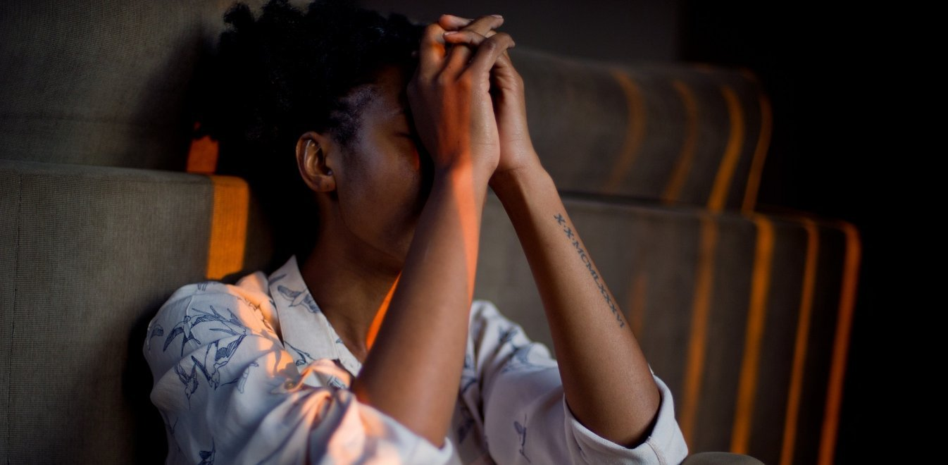 Αποκαρδιωτική έρευνα ΑΠΘ: Ο κορονοϊός επιδείνωσε στρες, θυμό και μοναξιά