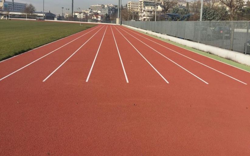 Νέα δάπεδα και χλοοτάπητας σε γήπεδα μπάσκετ και ποδοσφαίρου στην Π.Ε. Τρικάλων από την Περιφέρεια Θεσσαλίας
