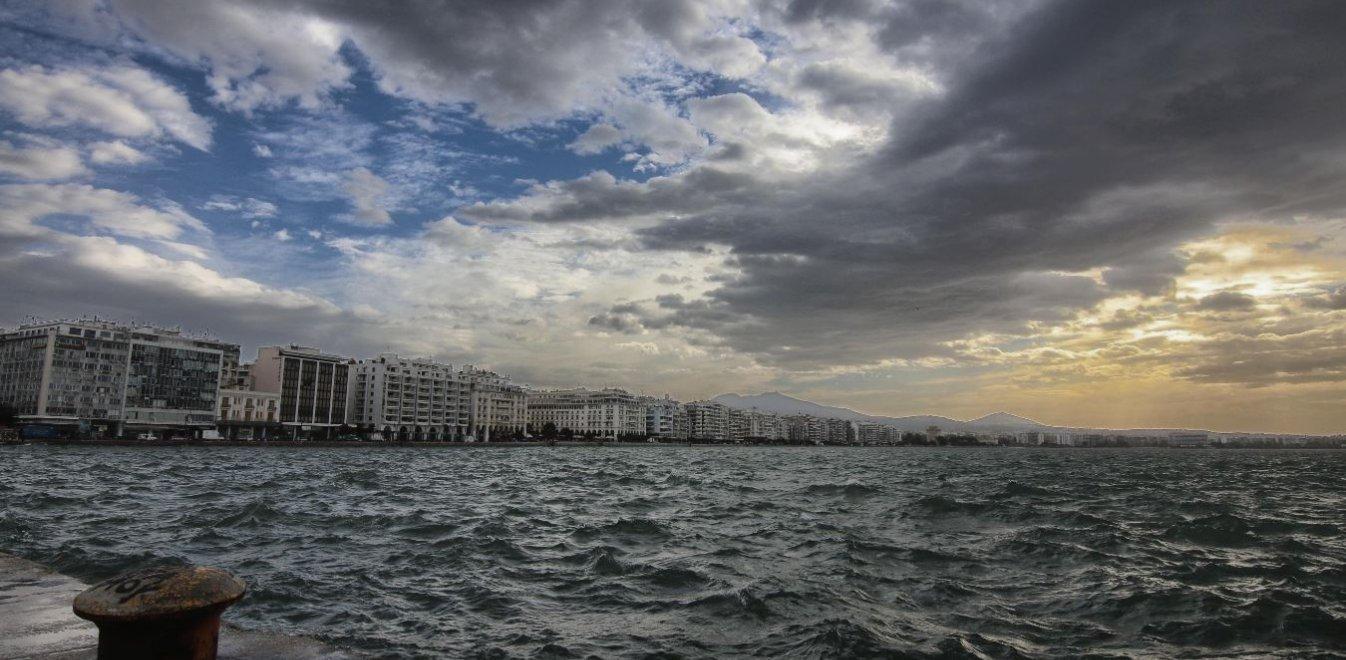 Ο μεσογειακός κυκλώνας έρχεται με 100 χιλιόμετρα την ώρα