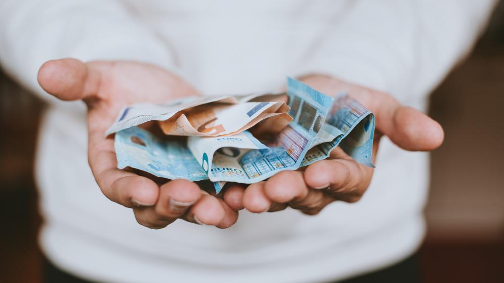 Εποχικό επίδομα ΟΑΕΔ: Αιτήσεις έως τις 30 Νοεμβρίου - Πληρωμές από 508 έως 1.016 ευρώ