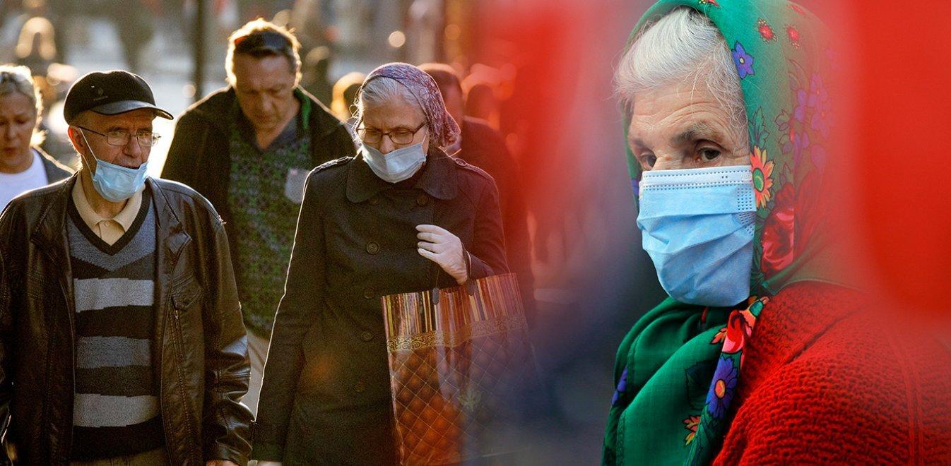 Ηλίας Μόσιαλος για κορονοϊό: Επικίνδυνη η νέα θεωρία «ανοσίας της αγέλης»