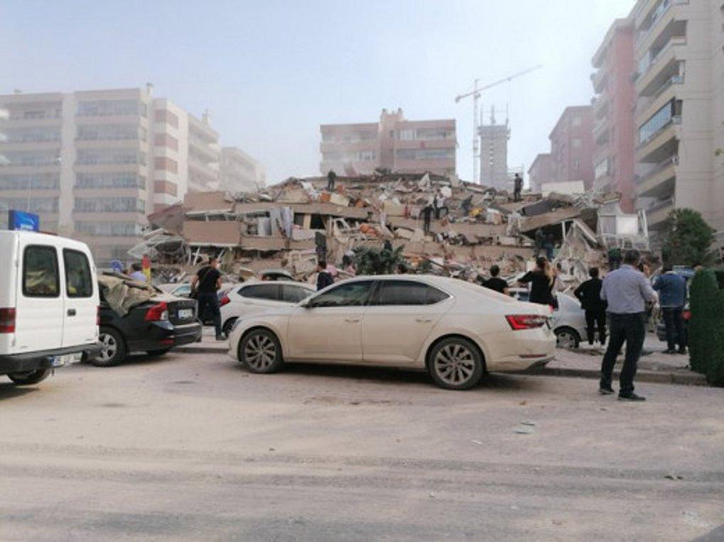 Τουρκία: 4 νεκροί και 120 τραυματίες από τον σεισμό