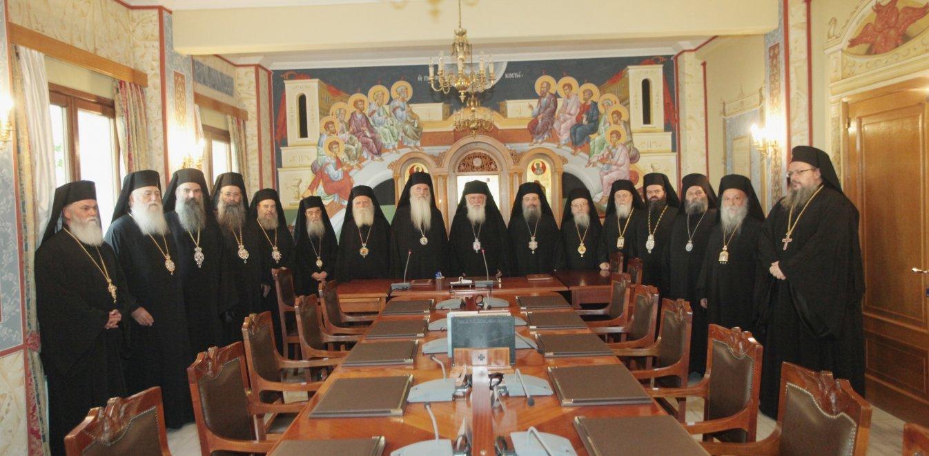 Κορονοϊός: Εξι νέα κρούσματα σε μητροπολίτες - Συναγερμός στους κόλπους της Εκκλησίας