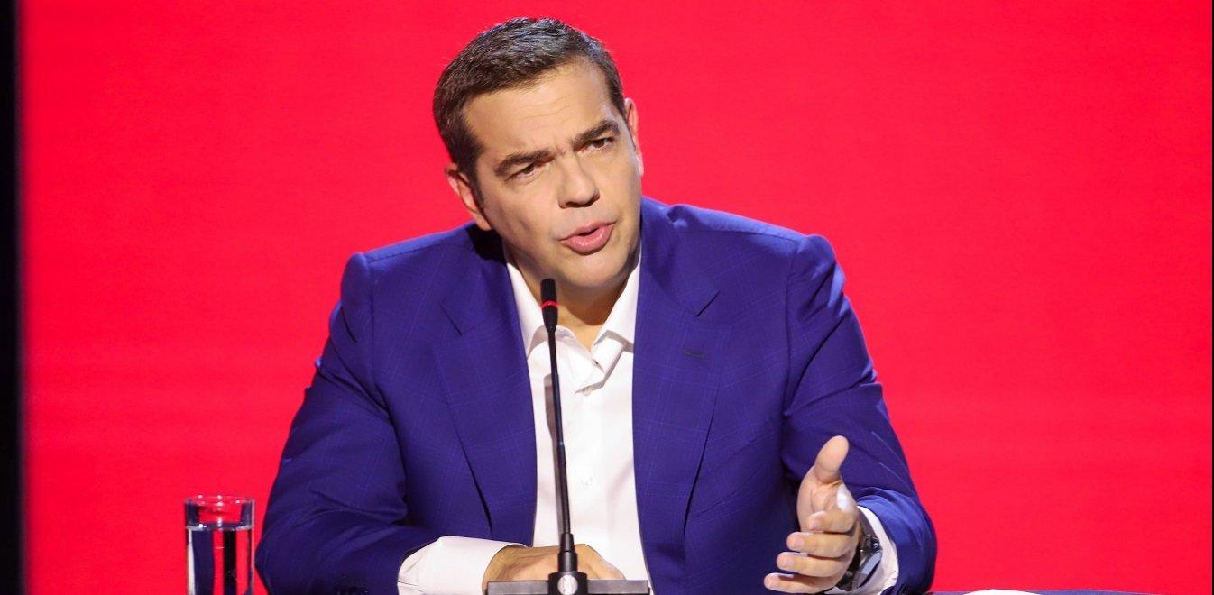 Κορονοϊός - Τσίπρας: Ζητεί συμβούλιο πολιτικών αρχηγών - «Εγκληματική αδράνεια Μητσοτάκη»