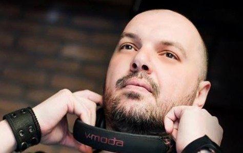 Νεκρός από κορονοϊό ο 39χρονος Έλληνας Dj Decibel