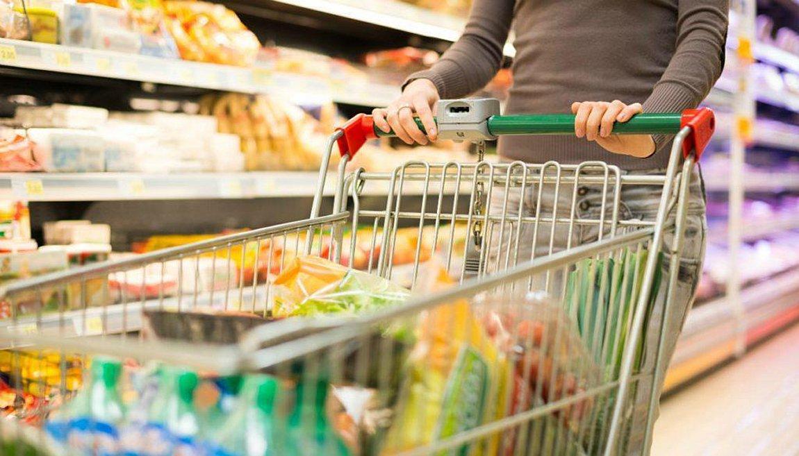 Ποια προϊόντα επιστρέφουν στα ράφια των σούπερ μάρκετ - H νέα λίστα