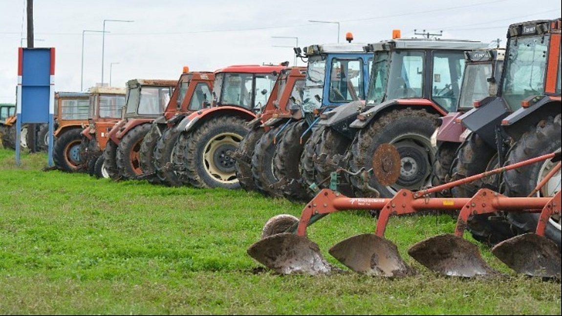 Υπ. Αγροτικής Ανάπτυξης: 800 εκατ. ευρώ στους αγρότες