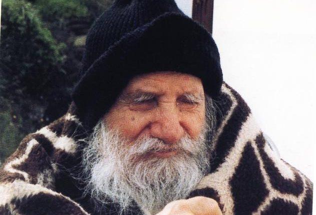 Το αηδόνι, ο όσιος Πορφύριος και η ανακάλυψη του Θεού – Του π. Ηρακλή Φίλιου