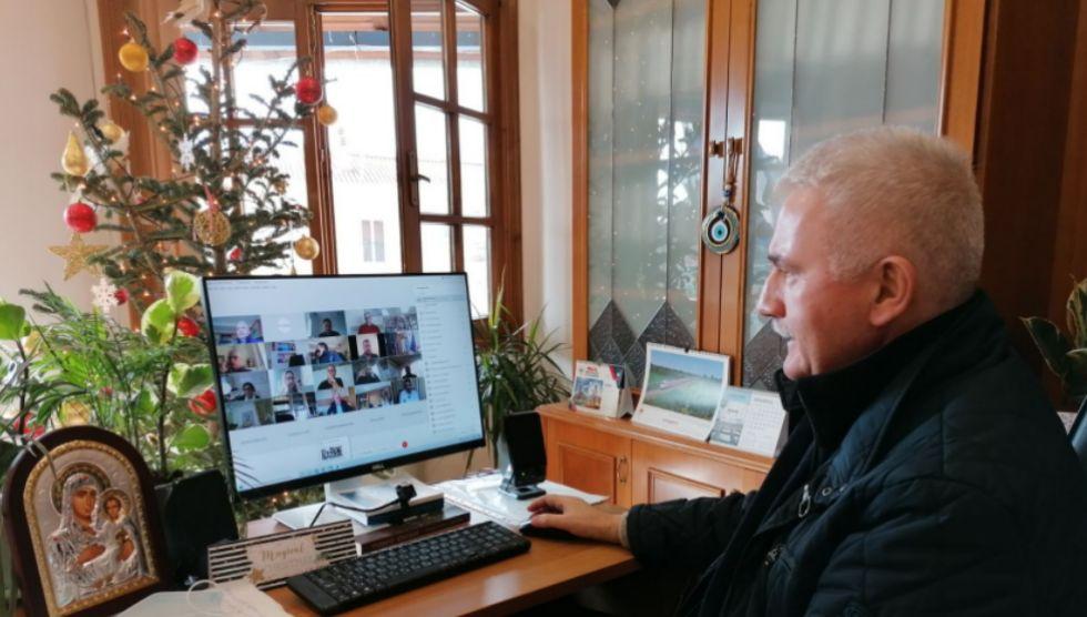 Σε τηλεδιάσκεψη της επιτροπής κοινωνικής πολίτικης της ΚΕΔΕ συμμετείχε ο Δήμαρχος  κ. Θοδωρής Αλέκος