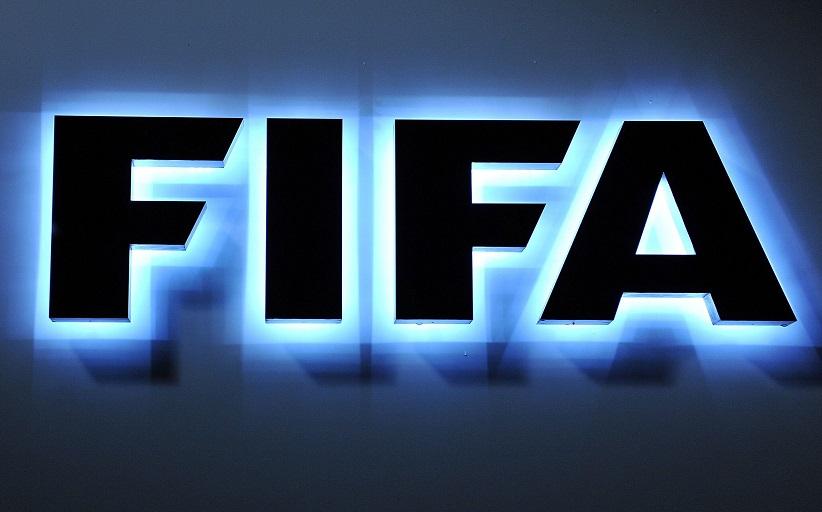 Η FIFA αδειάζει το Μητρώο του Αυγενάκη