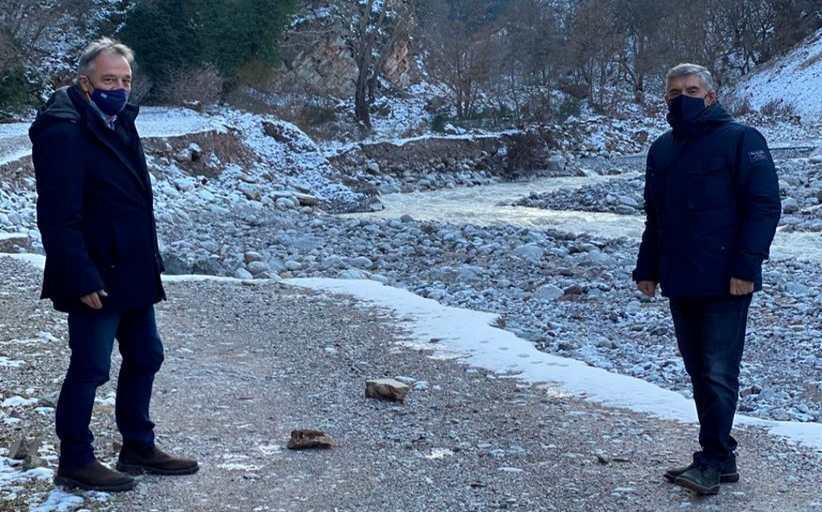 Σε Αθαμανία και Περτούλι Κ. Αγοραστός και Χρ. Μιχαλάκης  μετά τις ζημιές που προκάλεσε ο «Λέανδρος»