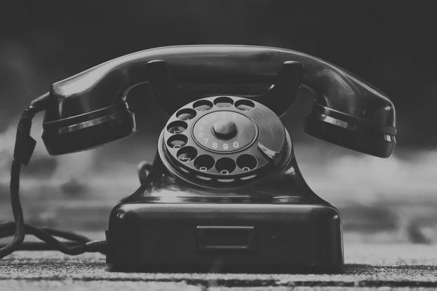 Επιστρεπτέα προκαταβολή: «Σπασμένο τηλέφωνο» των αρμόδιων υπουργών