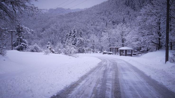 Χιονοκάλυψη: Σε ανησυχητικά χαμηλά επίπεδα στην Ελλάδα για δεύτερο χειμώνα